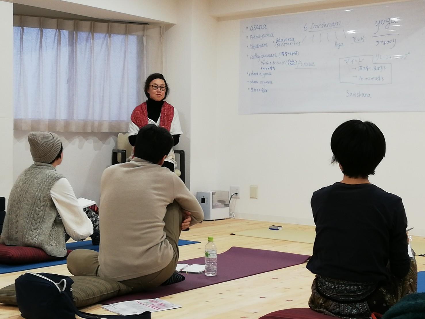 ヨーガスタジオスワルーパは、クリシュナマチャリアの教えに基づく、講師育成トレーニングを開始します。